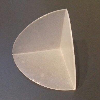 Plastikinis kampas 50x50x50mm 1000 vnt.